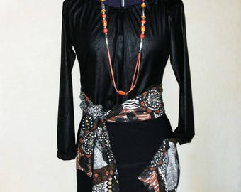 Set with a touch of African skirt and the top leather effect