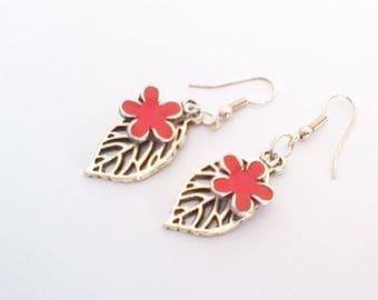 Long earrings ' leaf and Red enamel flower '