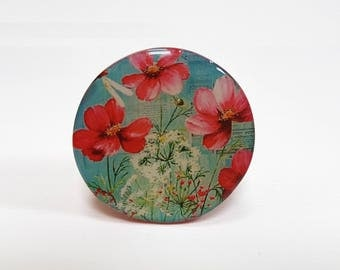 Brooch red flowers 50 mm