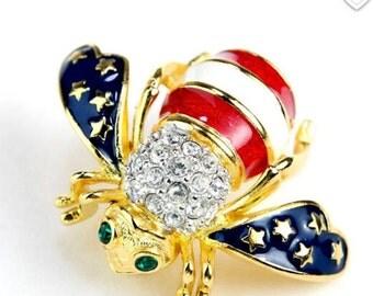 Joan Rivers Patriotic Bee