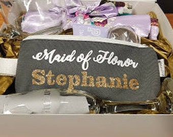 6-Personalized Make Up Bags for Bridal Party, Bridesmaids Gifts, Maid of Honor Gifts