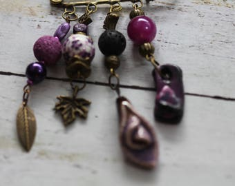 Orchestra pin purple beads and charms