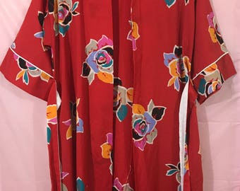 R Michael Alan // Silky Vintage Red Floral Robe // 1980s Dressing Gown