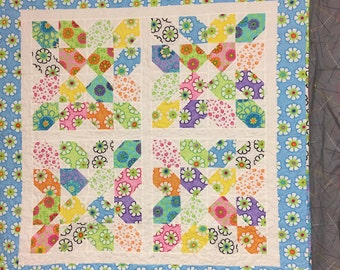 quilt, baby, pieced, brightly colored, modern, flowers