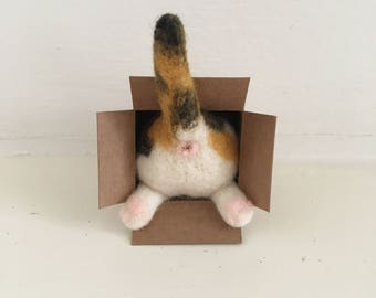 Needle Felted Cat Butt Magnet/Needle Felted Kitten - Calico Cat
