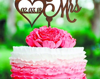 Wedding Cake Topper Mr and Mrs Wedding Cake Topper With Date Personalized Cake Topper gold wood Monogram Cake Topper Unique cake topper date