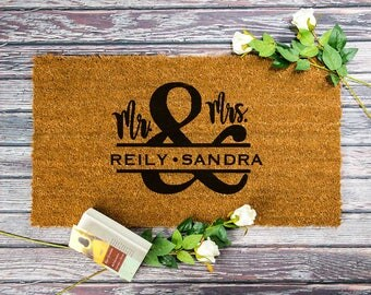 Mr and Mrs mat wedding gift ideas,custom door mat,doormats personalized,funny floor mat,engraved gift mat for home,monogram gift,mat dog