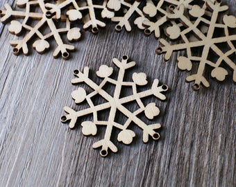 Unfinished wooden snowflake,plain wood Embellishments for Craft ,Wood laser cut gift tags for winter,scrapbooking embellishments