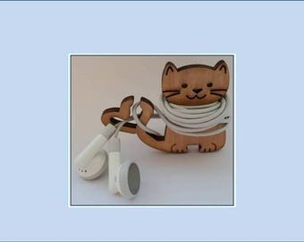 Cat Earbud Organizer