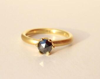 Diamond ring gold with black Diamond 5 mm