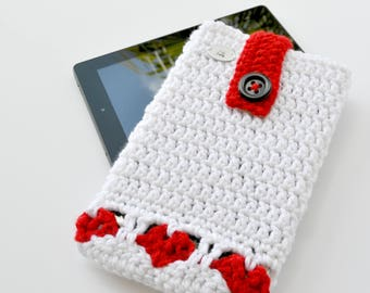 Heart Stitch- Crochet eReader device sleeve- Tablet, Nook, Kindle, iPad mini, protective and decorative sleeve/case.
