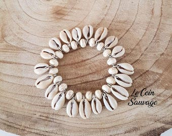 Pearls and shell bracelet