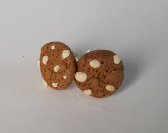 White Macadamia Nut Cookie Stud Earrings