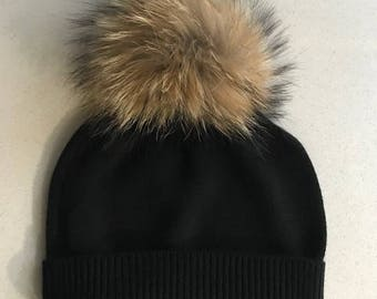 100% Pure Cashmere Hat with Fur PomPom in Black
