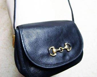 Fiber Street VINTAGE! classic beautiful metal  and design vintage leather bag