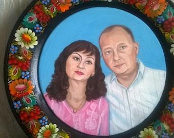 Portrait on a wooden plate. Diameter 300 mm, 350 mm. 400 mm. 500 mm. 700 mm.
