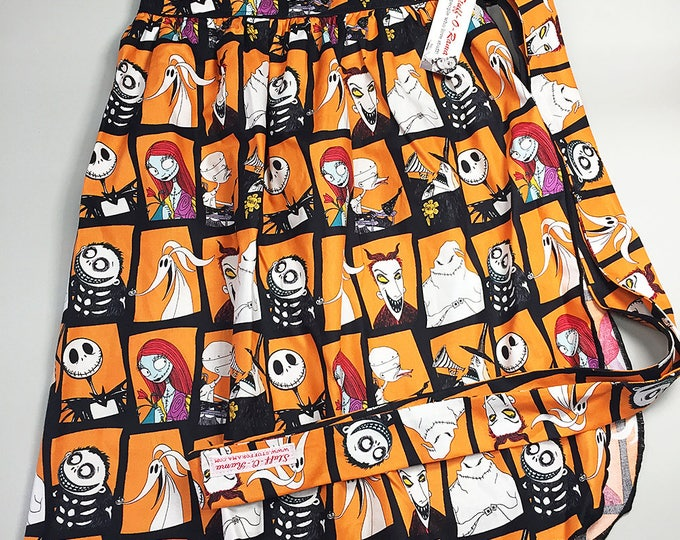 Half Apron - Vintage Pin Up Skirt Style - Nightmare Before Christmas