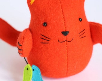 Fish 'n' chips - cat sewing pattern, felt cat, cat pincushion, cat plush, soft toy cat, easy sewing pattern