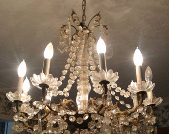 Antique French Chandelier with Crystals, late 1800's, Louisiana, Elegant Lighting
