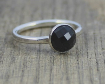 READY TO SHIP - Sterling Black Faceted Onyx Stacker Ring - Size 7.75