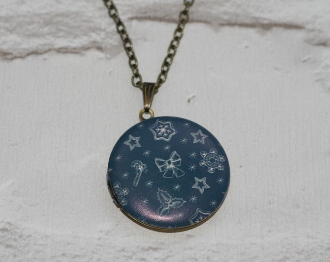 Christmas Locket Necklace, Candy Cane, Holly, Star, Bow.