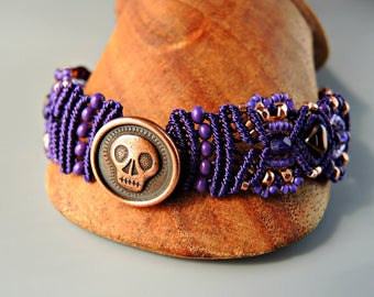Purple and Copper Skully Micro Macrame Bracelet  - Beaded Macrame - Day of the Dead Jewelry - Día de Muertos Jewelry - Skull