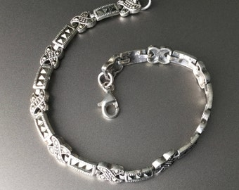 Gorgeous Sterling Silver and Marcasite Link Bracelet - X and Bar Design 925