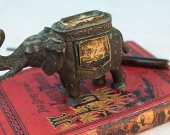 Elephant Pen Wipe - Antique