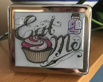 Alice In Wonderland Eat Me 8 Day Pill Box With Mirror