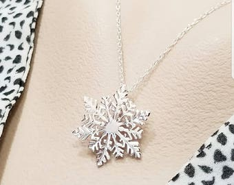 Sterling Silver Snowflake Necklace- Winter Jewelry - Winter Wedding Ideas