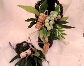 Wine Bottle Toppers Set of 2 foliage grapes centerpieces Vineyard Wedding Grapes Corks twig bridal reception accessories green purple