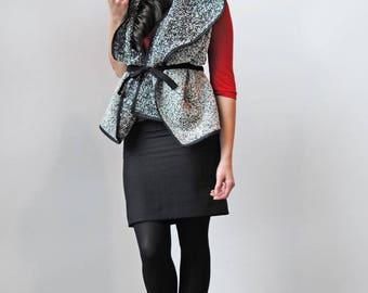 Wool Scarf / Oversize Scarf / Blanket Scarf / Cape / Fall Fashion / Winter Fashion / Wool Wrap / Winter Accessories / Black Scarf