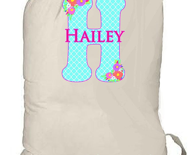 Summer Camp Bags, Kid's Monogrammed Bag, Laundry totebag, Summer beach bag, Graduation Gift, College Laundry bags, Family travel laundry