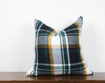 "20""x20"" Dark Green Plaid Vintage Wool Pillow Cover 