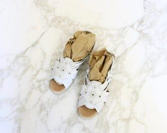 white leather huaraches / 7 w