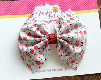 Apple Hair Bow, Back to School Bow, Apple Hair Clip, Faux Leather Bow, Glitter Bow, School Hair Clip, Girls Apple Bow