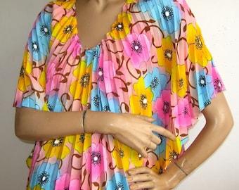 Vintage 60s Tropical Hawaiian Accordian Pleat Pink Floral Caftan MuuMuu Dress