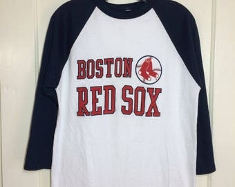 1980's Boston Red Sox old logo baseball t-shirt size large 18x26 made in USA 2 tone white navy blue