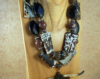 Western Cowgirl Statement Necklace Set - Chunky Black and Brown Fire Crackle Agate- Hand Painted Texas Longhorn