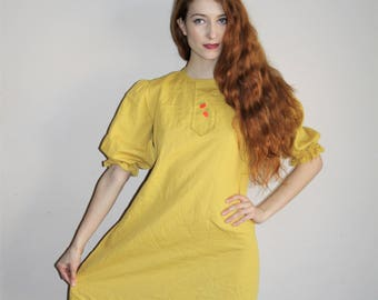 Vintage 60s Mod Mustard Yellow Embroidered Apple Novelty Babydoll Dress - 1960s Dresses - 60s Clothing - WV0370