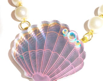 Shimmering Shell Necklace