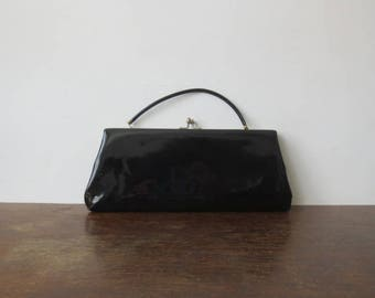 Vintage '60s Harry Levine Super Glossy Black Patent Kiss Lock Clutch w/ Patent Leather Handle That Tucks Inside!