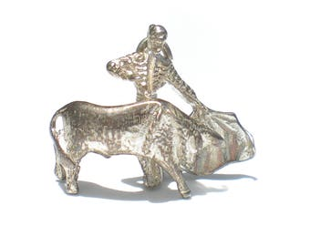 Rodeo Charm Man and Bull Fighter Matador Coat Spanish Charm for Charm Bracelets Silver Tone Vintage Charm