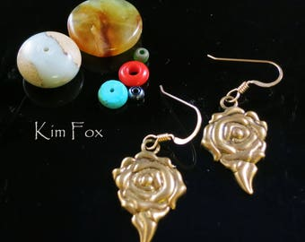 Rose Earring in Bronze