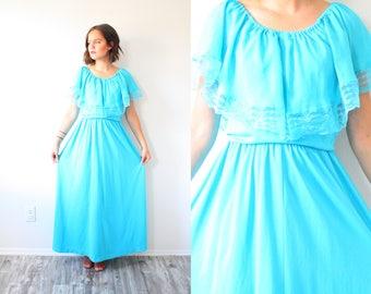 Vintage maxi blue lace nightgown // boho dress // night gown dress // Mexican style lace blue dress // teal dress // light blue maxi gown