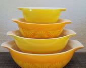 Near Mint! Vintage Pyrex Daisy/Sunflower Yellow/Orange Cinderella Nesting Bowl Set