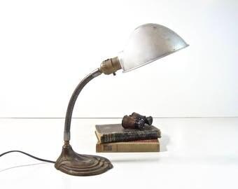 Vintage Gooseneck Desk Lamp / Art Deco Cast Iron Gooseneck Lamp / Industrial Lighting