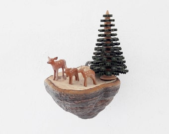 Vintage Erzgebirge Miniature Deers Family and Fir Tree on a Dried Real Tree Mushroom Fungus