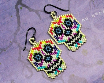 Sugar Skull Seed Bead Earrings, Seed Bead Halloween Earrings, Dia De Los Muertos, Day of the Dead, Beaded Halloween Earrings, Holidays