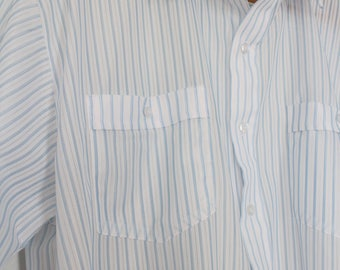 Vintage Mens White Button Up Short Sleeve Shirt - White with Blue Stripes - Baby Blue - Lightweight - 60's Summer Shirt - Polyester